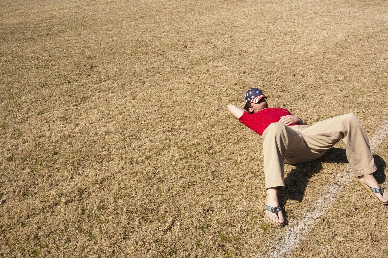 怠け癖のある人ほど実は賢い理由【怠ける人の特徴・長所】 | 予月のMBTI研究所